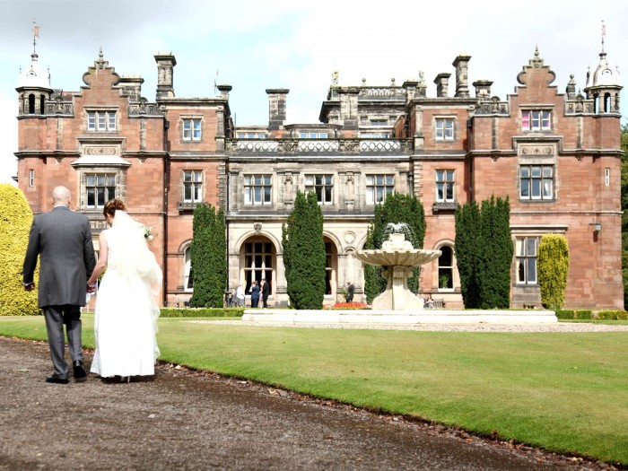 Keele Wedding Photography. Wedding photographer Keele Hall