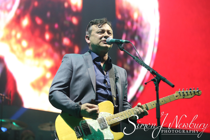 Manic Street Preachers live in Liverpool