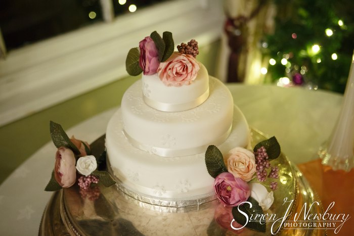 cake wedding photography