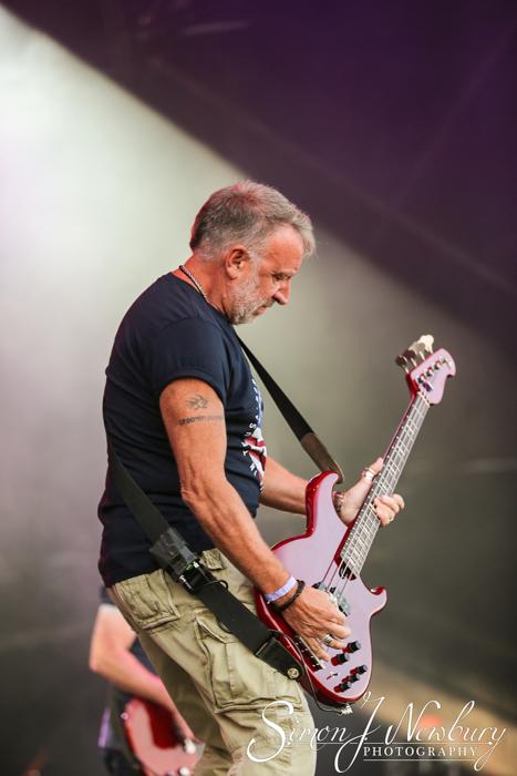 Cool Britannia Festival photo gallery - live music photography Knebworth - Peter Hook & The Light